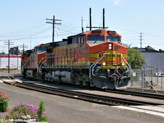 Image, 2005, BNSF engine at Vancouver Station, click to enlarge