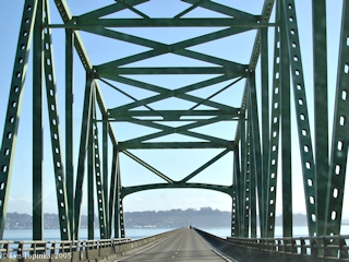 Image, 2005, On the Astoria-Megler Bridge, click to enlarge