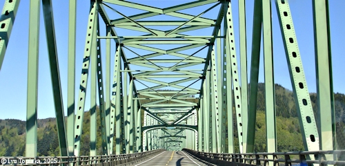 Image, 2005, Astoria-Megler Bridge, Washington side, click to enlarge