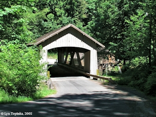 Image, 2005, Covered Bridge, Cedar Creek Grist Mill, click to enlarge