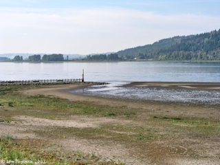 Image, 2003, Columbia River downstream from Rooster Rock, click to enlarge