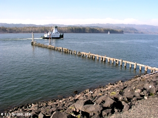 Image, 2003, Columbia River towards Sandy Island, from Kalama, Washington, click to enlarge