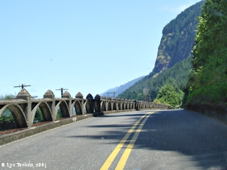 Image, 2005, Historic Columbia River Highway, click to enlarge