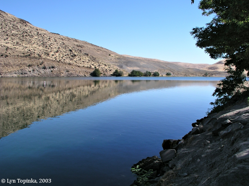 the columbia river john day river oregon image 2003 john day river looking upstream click to enlarge