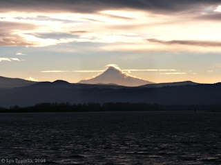 Image, 2004, Mount Hood from Washougal, Washington, click to enlarge