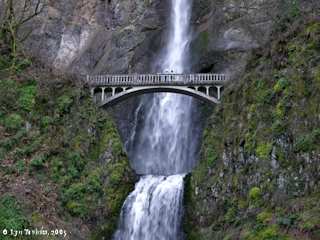 Imag5, 2004, Multnomah Falls, Oregon, Benson Bridge, click to enlarge