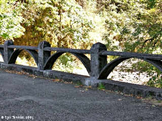 Image, 2005, Historic Columbia River Highway Bridge, click to enlarge