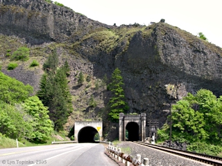 Image, 2005, Tunnel No.2, Washington State Highway 14, click to enlarge
