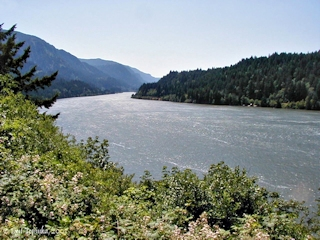 Image, 2003, Columbia River looking downstream Bridge of the Gods, click to enlarge