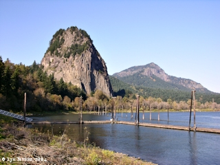 Image, 2004, Beacon Rock and Hamilton Mountain, Washington, click to enlarge