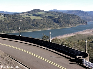Image, 2004, Historic Columbia River Highway, click to enlarge