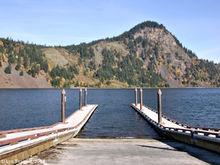 Image, 2004, Drano Lake, Washington, boat ramp, click to enlarge
