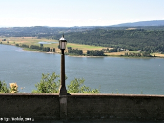 Image, 2004, Steigerwald Lake NWR and Point Vancouver, as seen from Crown Point, click to enlarge