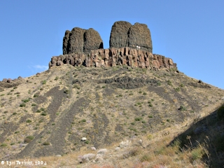 Image, 2004, Twin Sisters, Wallula Gap, click to enlarge