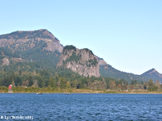 Image, 2005, Beacon Rock from Dodson boat ramp, click to enlarge
