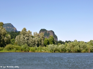 Image, 2005, Beacon Rock from Skamania Landing, click to enlarge