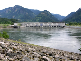 Image, 2005, Bonneville Dam North Powerhouse, click to enlarge