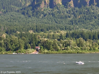 Image, 2005, Boat ramp at Dodson, Oregon, from Skamania Landing, Washington, click to enlarge