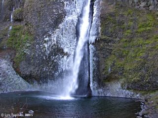 Image, 2005, Horsetail Falls, click to enlarge