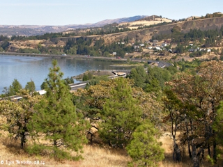 Image, 2005, Mosier, Oregon, as seen from downstream, click to enlarge
