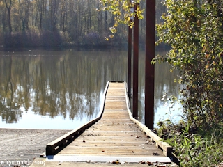 Image, 2005, Multnomah Channel, Sauvie Island Boat Ramp, Sauvie Island, click to enlarge