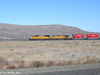 Image, 2005, Union Pacific and Alder Ridge, Washington, click to enlarge
