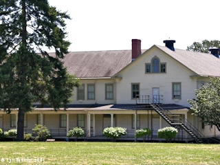 Image, 2005, Vancouver Barracks, Washington, click to enlarge