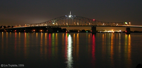 Image, 2006, Pasco-Kennewick 'Blue Bridge