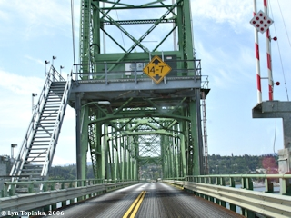 Image, 2006, Crossing the Hood River Bridge, click to enlarge