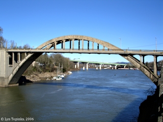 Image, 2006, Oregon City Bridge across the Willamette River, click to enlarge