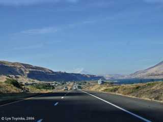 Image, 2006, Rufus, Oregon, from Interstate 84, click to enlarge