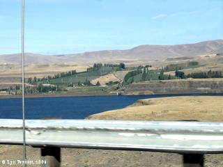 Image, 2006, Sundale, Washington, from Interstate 84, click to enlarge