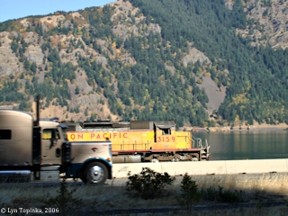 Image, 2006, Union Pacific 3159, Starvation Creek, Oregon, click to enlarge
