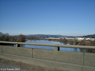 Image, 2007, Near mouth of the Cowlitz River, click to enlarge