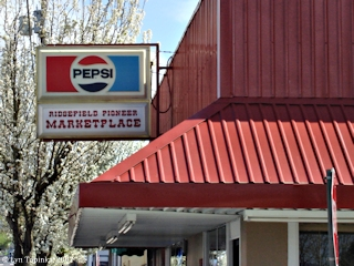 Image, 2007, Pioneer Street Marketplace, Ridgefield, Washington, click to enlarge