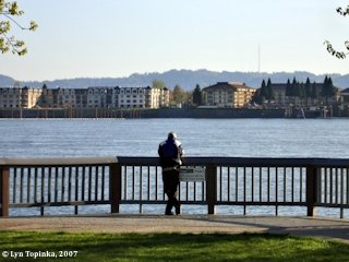 Image, 2007, Waterfront Park, Vancouver, Washington, click to enlarge