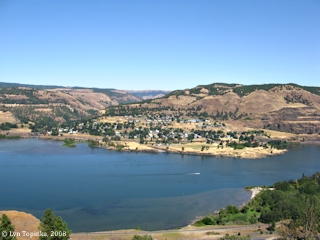 Image, 2008, Lyle, Washington, from Rowena Crest, Oregon, click to enlarge