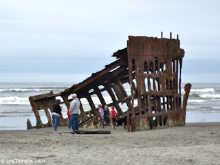 Image, 2009, Peter Iredale shipwreck, Fort Stevens State Park, click to enlarge