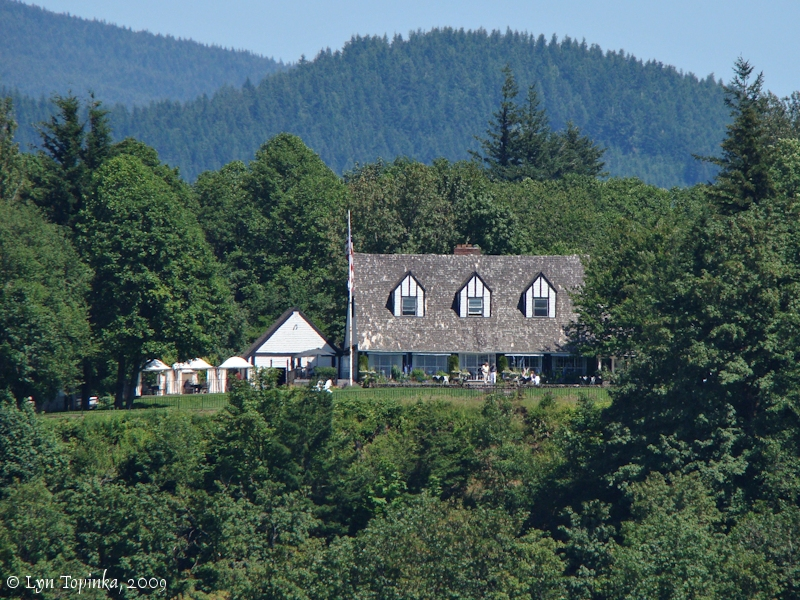 Image, 2009, View Point Inn, Oregon, click to enlarge