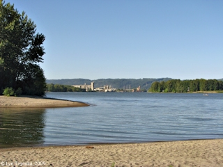 Image, Willamette River, Oregon