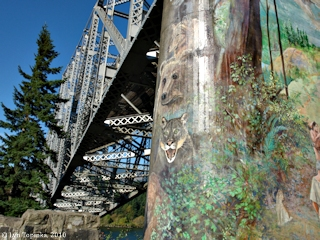 Image, 2010, South Support, Bridge of the Gods, click to enlarge