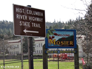 Image, 2010, Sign, Mosier, Oregon, click to enlarge