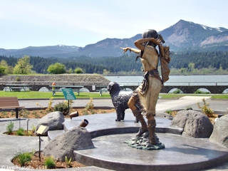 Image, 2011, Two bronzes, Cascade Locks Marine Park, Oregon, click to enlarge