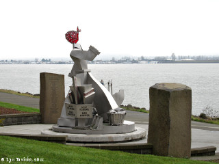Image, 2011, Wendy Rose, Waterfront Renaissance Trail, Vancouver, Washington, click to enlarge