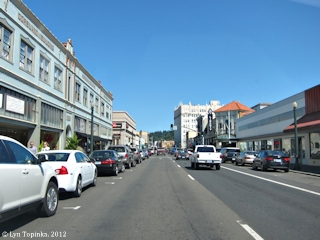 Image, 2012, Astoria street scene, click to enlarge
