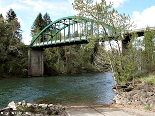 Image, 2013, Clackamas River, Barton Bridge, Oregon, click to enlarge