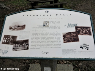 Images, 2013, Info sign, Latourell Falls, Oregon, click to enlarge