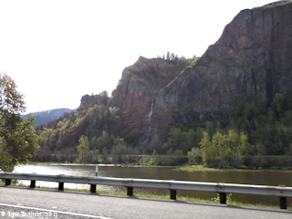 Image, 2015, Mirror Lake, Crown Point, Oregon, click to enlarge