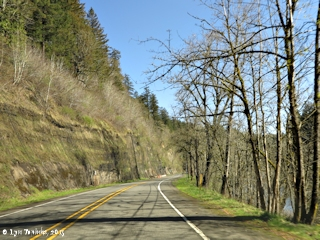 Image, 2015, Historic Columbia River Highway, Sandy River at Troutdale to Stark Street Bridge, click to enlarge