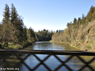 Image, 2015, Sandy River, Stark Street Bridge, Oregon, click to enlarge